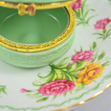 Schmuckablage vintage Teller mit Blumenmotiv Frühlingsblumen grüner Makronen Schatulle aus Keramik Schmuckschatulle Ringdish