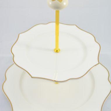 Etagere gold rand weisse teller mit keramik Knauf als Griff Weihnachtsdekoration Weihnachtsetagere Weihnachtsgeschenk