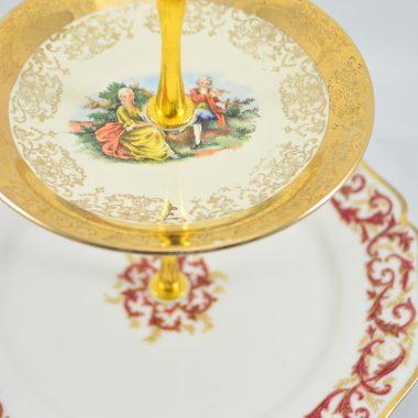 Etagere mit rot golden Teller Limoge Porzellan Weihnachtsetagere Weihnachtsdekoration Tischdekoration